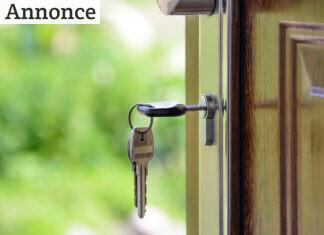 nøgle i lås
